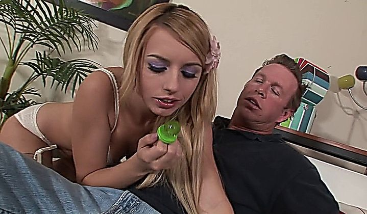 Lexi Belle - Tease Before The Please
