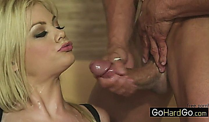 Riley Steele In Movie Cumshot Compilation